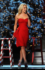Kellie Pickler was red hot for her Country Christmas performance in a strapless dress.