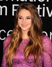 Shailene Woodley wore her ultra-long tresses with minimal styling at the 2011 Dubai International Film Festival.