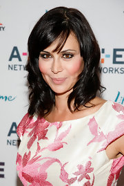 Catherine Bell looked darling in her shoulder-length wavy hairstyle.
