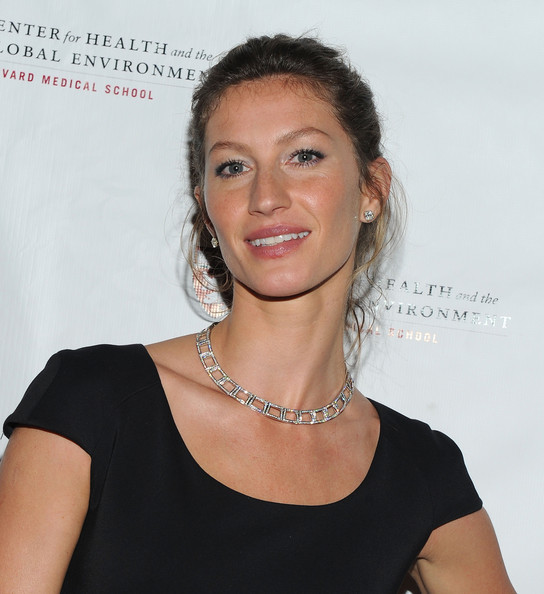 More Pics of Gisele Bundchen Diamond Collar Necklace (1 of 17) - Gisele Bundchen Lookbook - StyleBistro