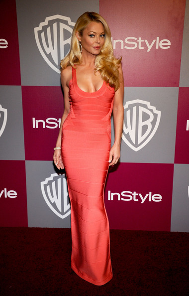 Charlotte looked seductive in a slim fitting floor length pink evening dress.