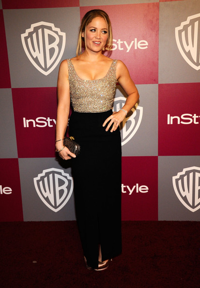 Erika Christensen's pewter Bottega Veneta Knot clutch was the perfect complement to a sophisticated evening look.