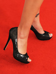 Barbara Mori wore a pair of sexy peep toe pumps to a Las Vegas music event honoring Shakira.