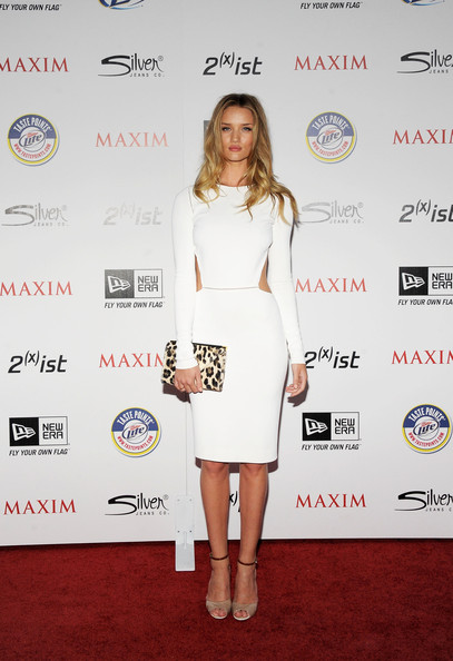More Pics of Rosie Huntington-Whiteley Cutout Dress (5 of 18) - Rosie Huntington-Whiteley Lookbook - StyleBistro [miller lite,clothing,white,cocktail dress,dress,red carpet,shoulder,carpet,fashion,footwear,fashion model,silver jeans co,arrivals,rosie huntington-whiteley,ist,eden,california,hollywood,new era,maxim hot 100 party]