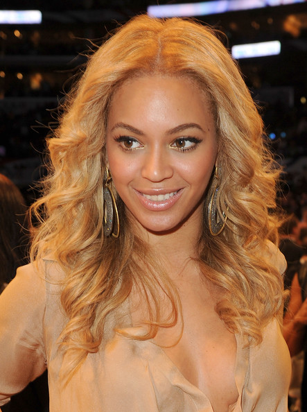 Beyonce+Knowles in 2011 NBA All-Star Game - Performances And Celebrities