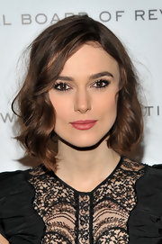 Keira Knightley wore her adorable bob in mussed spiral curls at the 2011 National Board of Review Awards Gala.