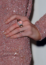 Actress Virginia Williams added a little sparkle to her look with a Candy Rose ring in white gold with diamonds and smoky and pink quartz.