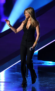 Jennifer was sleek on stage at the People's Choice Awards in a black vest and matching dress pants.