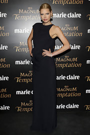 Sophie wore a dark evening dress with a gathered waistline for the Marie Claire Awards.