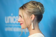 Kristen Bell wore her hair in an elegant bobby pinned updo at the 2011 Unicef Ball in Beverly Hills.