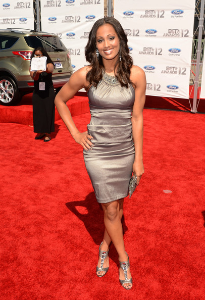 Skylar Diggins' pewter dress