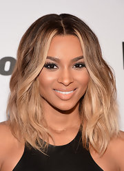 Ciara's honey-blond ombre waves complemented her complexion to a T.