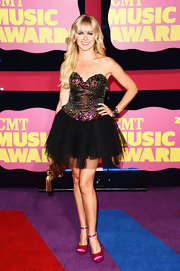 Ballerina met mermaid with this youthful look of Laura Bell Bundy's at the CMT Music Awards.