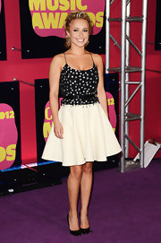 Hayden belted her beaded ensemble at the CMT Awards.