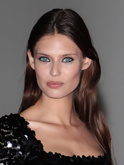 Bianca Balti simply glowed at the 2012 Convivio Charity Gala with luminous dewy skin.