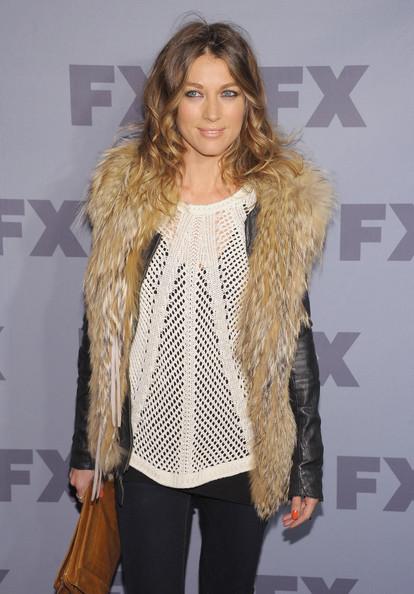 More Pics of Natalie Zea Long Curls (1 of 2) - Natalie Zea Lookbook - StyleBistro