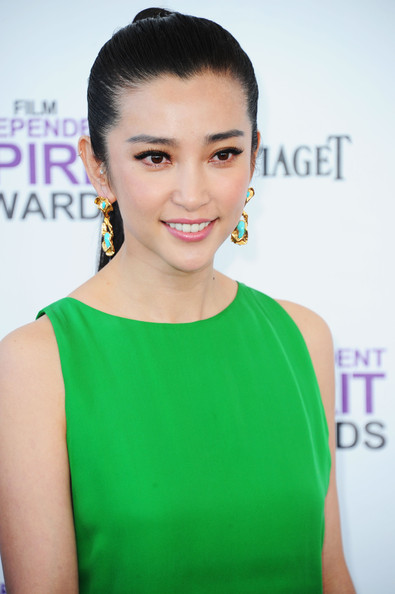 More Pics of Li Bingbing Ponytail (1 of 9) - Li Bingbing Lookbook - StyleBistro