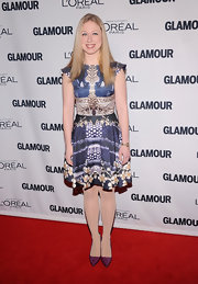 Chelsea looked artsy in this creative print dress at the Glamour Women of the Year Awards.