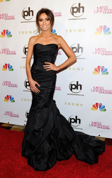 More Pics of Giuliana Rancic Mermaid Gown (1 of 9) - Giuliana Rancic Lookbook - StyleBistro