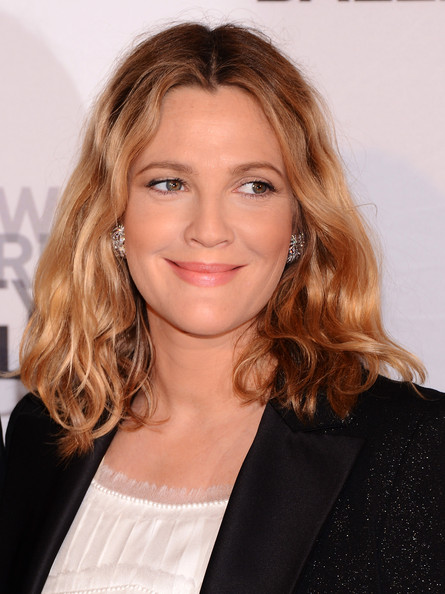 More Pics of Drew Barrymore Medium Wavy Cut (1 of 6) - Drew Barrymore Lookbook - StyleBistro