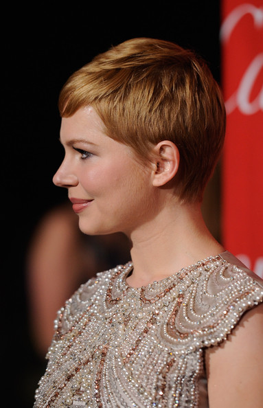 More Pics of Michelle Williams Pixie (3 of 15) - Short Hairstyles Lookbook - StyleBistro [hair,hairstyle,blond,chin,beauty,brown hair,ear,chignon,long hair,bangs,arrivals,michelle williams,palm springs convention center,california,palm springs international film festival awards gala]