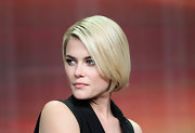 We die over the sharp simplicity of Rachael's bob.