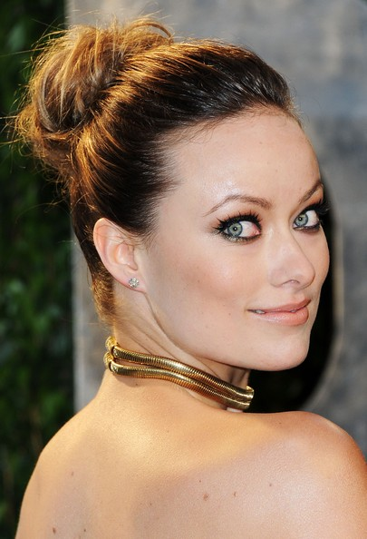 More Pics of Olivia Wilde Metallic Eyeshadow (5 of 37) - Olivia Wilde Lookbook - StyleBistro