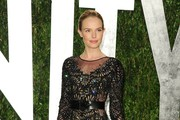 Actress Kate Bosworth arrives at the 2012 Vanity Fair Oscar Party hosted by Graydon Carter at Sunset Tower on February 26, 2012 in West Hollywood, California.