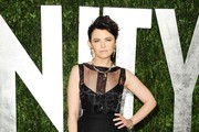 Actress Ginnifer Goodwin arrives at the 2012 Vanity Fair Oscar Party hosted by Graydon Carter at Sunset Tower on February 26, 2012 in West Hollywood, California.