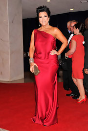 Kris Jenner's simple draped silk red gown looked divine at the White House Correspondents' Dinner.