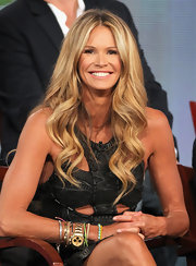 Elle MacPherson wore her lovely long tresses in soft waves at the 2012 Winter TCA Tour.