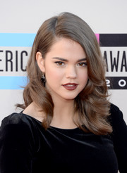 Maia Mitchell wore a gorgeous shoulder-length wavy 'do at the American Music Awards.