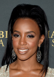 Kelly Rowland sported a towering teased hairstyle at the BAFTA LA Britannia Awards.