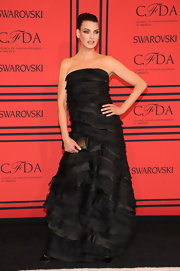 Linda Evangelista wowed in a black strapless silk organza and chiffon gown.