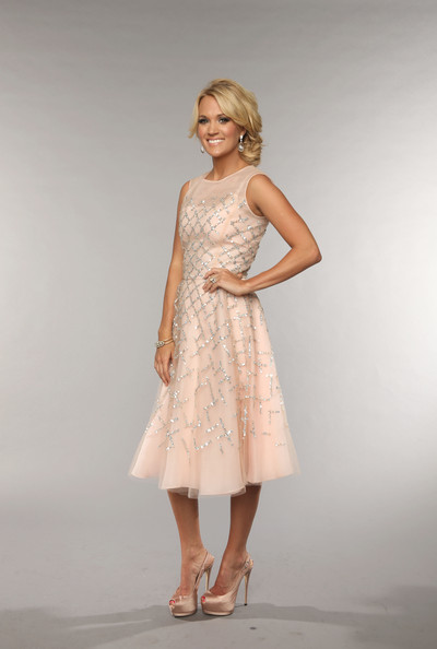 More Pics of Carrie Underwood Cocktail Dress (1 of 14) - Cocktail Dress Lookbook - StyleBistro