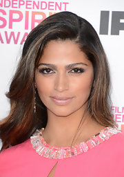 Camila Alves' lashes were luscious, full, and totally glamorous at the Independent Spirit Awards.