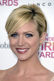 A deeper pink lip shade made Brittany Snow's pearly whites pop at the Independent Spirit Awards.