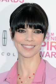 Soft, glossy lips softened up Maribel Verdu's look at the Independent Spirit Awards.