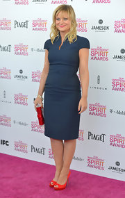 Amy Poehler opted for a classic capped-sleeve dress with matching belt for the Independent Spirit Awards.