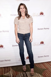 Jillian Michaels showed off her fit figure with a pair of classic skinny jeans.