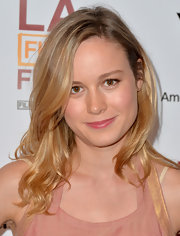Brie Larson's pretty blonde locks looked natural and chic in loose waves.
