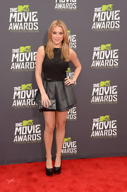 Alexa Vega chose a sleek and sexy corset-style top to pair with her funky, structured shorts at the MTV Movie Awards.