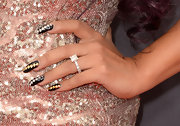 As if Snooki didn't have enough bling on the red carpet, the reality star added alternating gold and silver studs to her nails for a cool glitzy look.