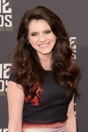 Kara Hayward had us envious of her long, natural waves at the 2013 MTV Movie Awards.