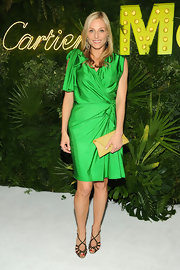 Jamie Tisch went for a bright and bold emerald green dress at the MoMa's Party in the Garden.