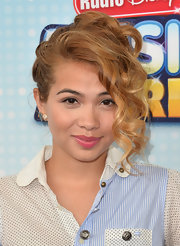 Hayley Kiyoko pinned up her caramel locks into a pinned 'do at the Radio Disney Music Awards.