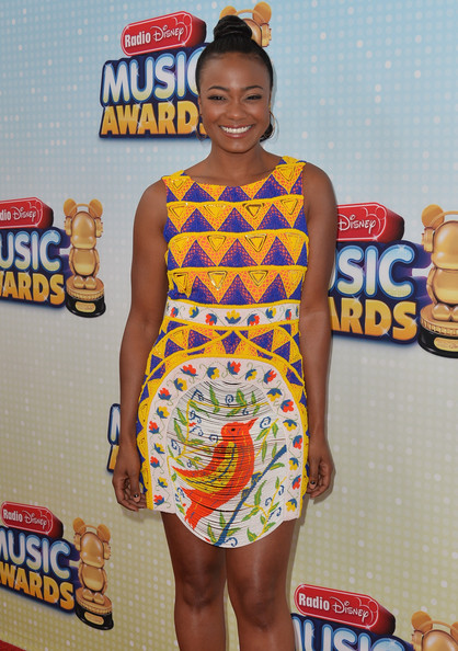 More Pics of Tatyana Ali Print Dress (3 of 7) - Tatyana Ali Lookbook - StyleBistro