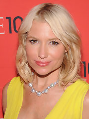 Tracy Anderson kept her beauty look casual and cool with a flesh-toned lip gloss.
