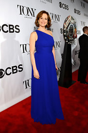 Sigourney Weaver sported a one-shouldered dress in a rich cobalt blue at the 2013 Tony Awards.
