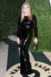 A black sequin gown looked sleek and modern on Mary McCormack at the Vanity Fair Oscar party.